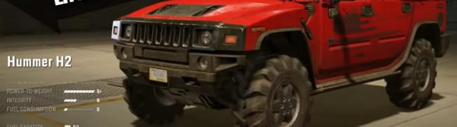 Красный Хаммер с агрессивными колесами в игре SnowRunner